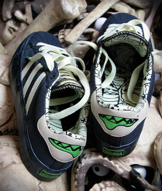 -mysterious-al-adidas-superkate-3